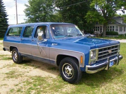 1973 Chevy Suburban SUV