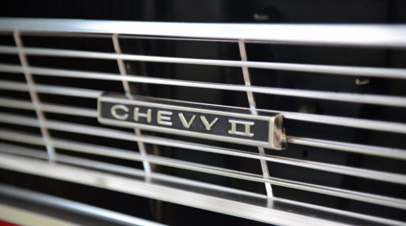 Chevy II Grill Emblem